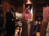 HiS Royal Highness, Abdullah Bin Abdulaziz Al Saud acepting the copies of the Letters of credence