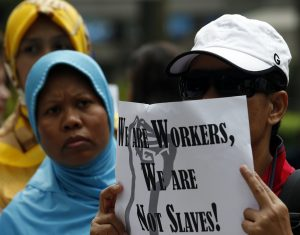 Domestic helpers rally in support